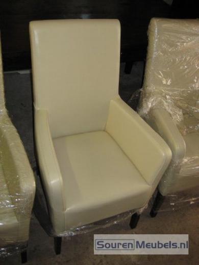 lederen stoelen met en zonder armleuning wit zwart rood bruin (4)