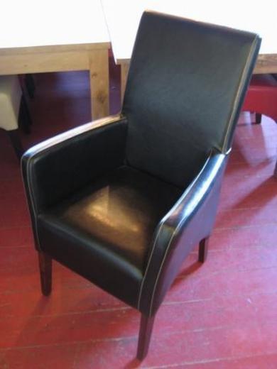Lederen stoelen met en zonder armleuning wit zwart rood for Lederen stoelen