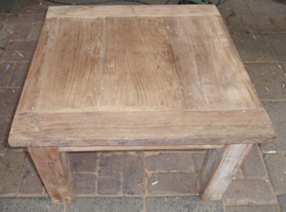 Teak tafel teakhouten bijzettafels 8 teak meubelen for Teakhouten tafel
